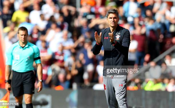 Southampton manager Mauricio Pellegrino during the Premier League match between Southampton and West Ham United at St Mary's Stadium on August 19...