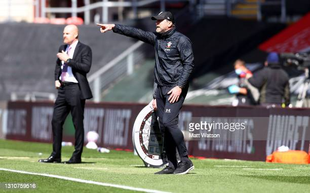 Southampton manager Ralph Hasenhüttl gestures during the Premier League match between Southampton and Burnley at St Mary's Stadium on April 04, 2021...