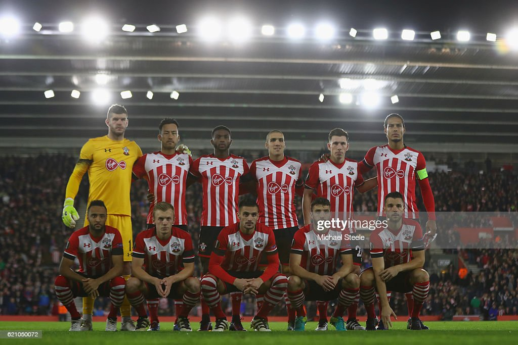 Southampton starting line up during the UEFA Europa League match between Southampton FC and FC Internazionale Milano at St Mary's Stadium on November 3, 2016 in Southampton, England.