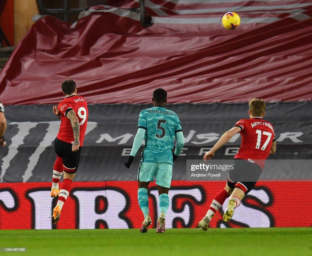 Southampton v Liverpool - Premier League : Photo d'actualité