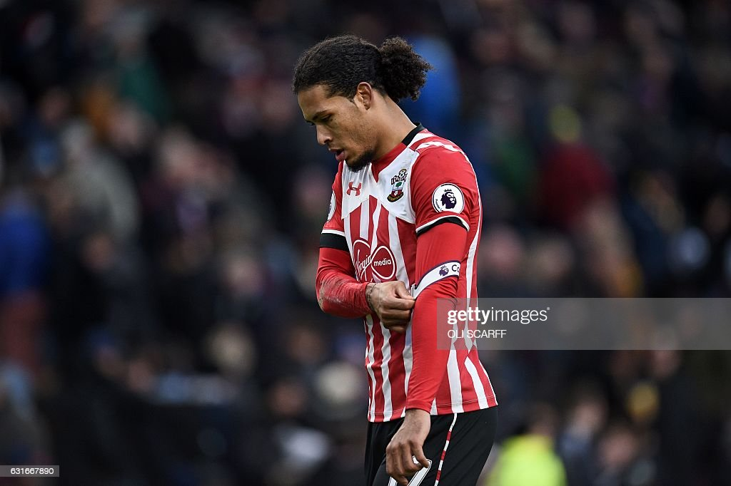 FBL-ENG-PR-BURNLEY-SOUTHAMPTON : News Photo