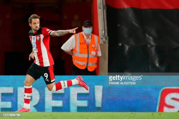 Southampton's English striker Danny Ings celebrates after scoring the equalising goal during the English Premier League football match between...