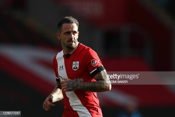 Southampton's English striker Danny Ings reacts during the English Premier League football match between Southampton and Everton at St Mary's Stadium...