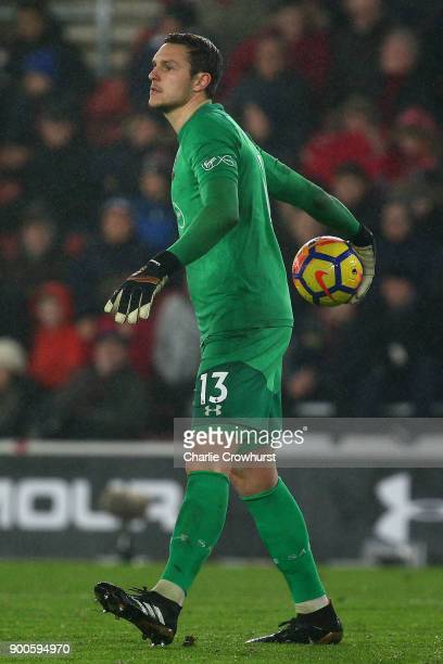 Southampton's goal keeper Alex McCarthy in action during during the Premier League match between Southampton and Crystal Palace at St Mary's Stadium...