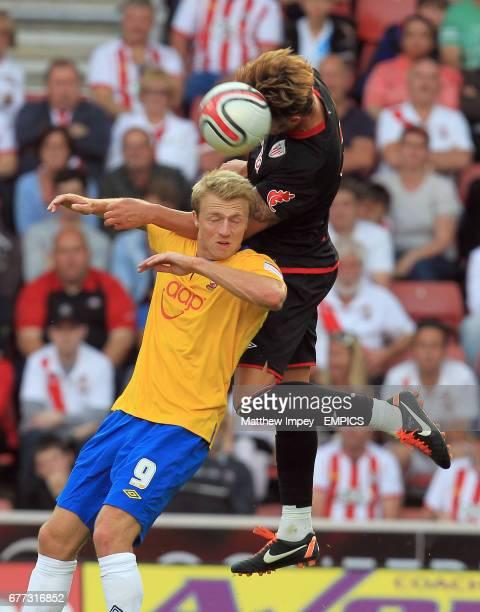 Southampton's Lee Barnard and Athletic Bilbao's Aitor Ocio