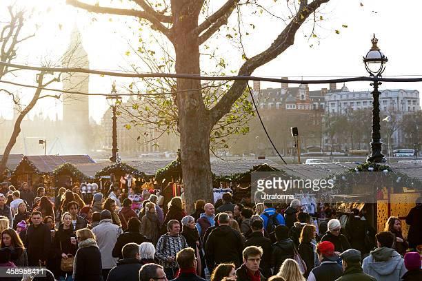 サウスバンククリスマスマーケット - ロンドン サウスバンク ストックフォトと画像