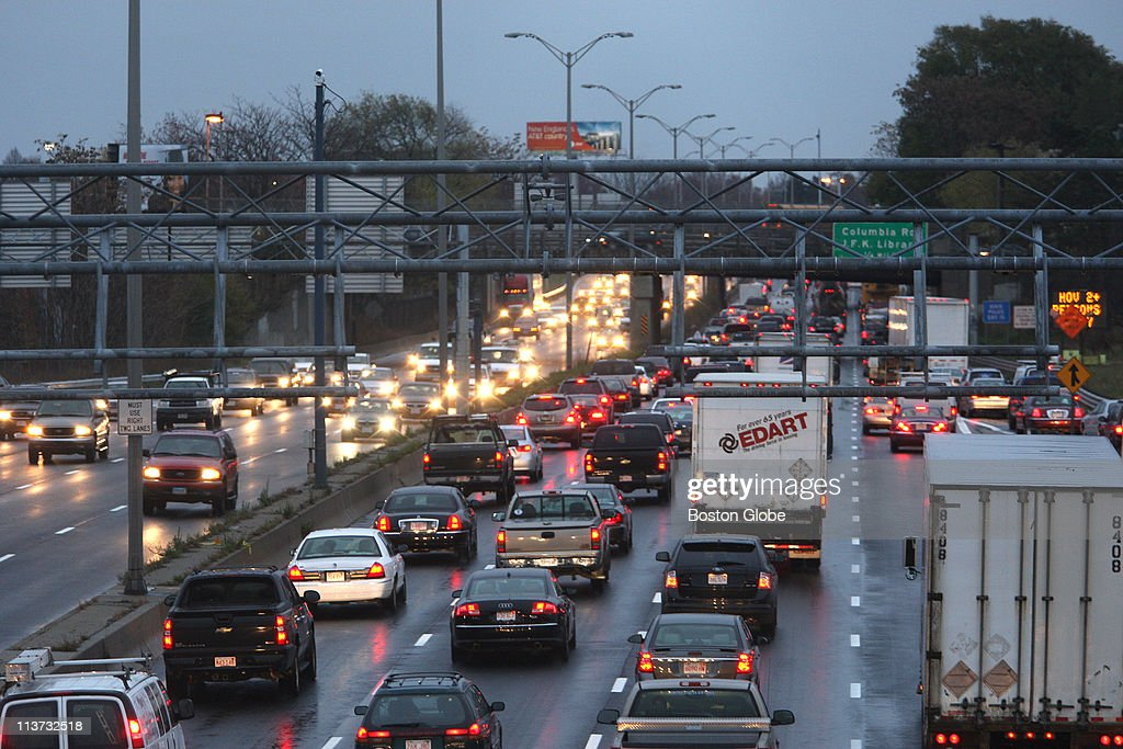South-bound traffic on I-93 just north of the Columbia Road exit at