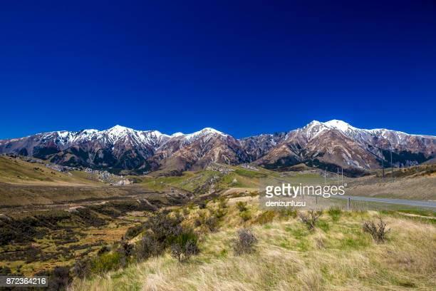 alpes del sur de nueva zelanda - mackenzie country fotografías e imágenes de stock