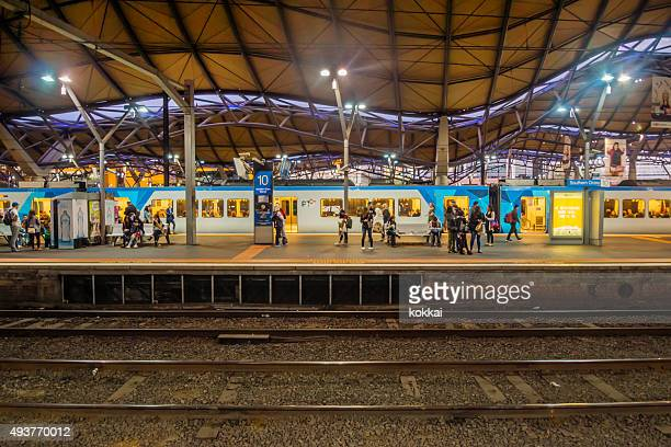 southern cross station - south stock pictures, royalty-free photos & images