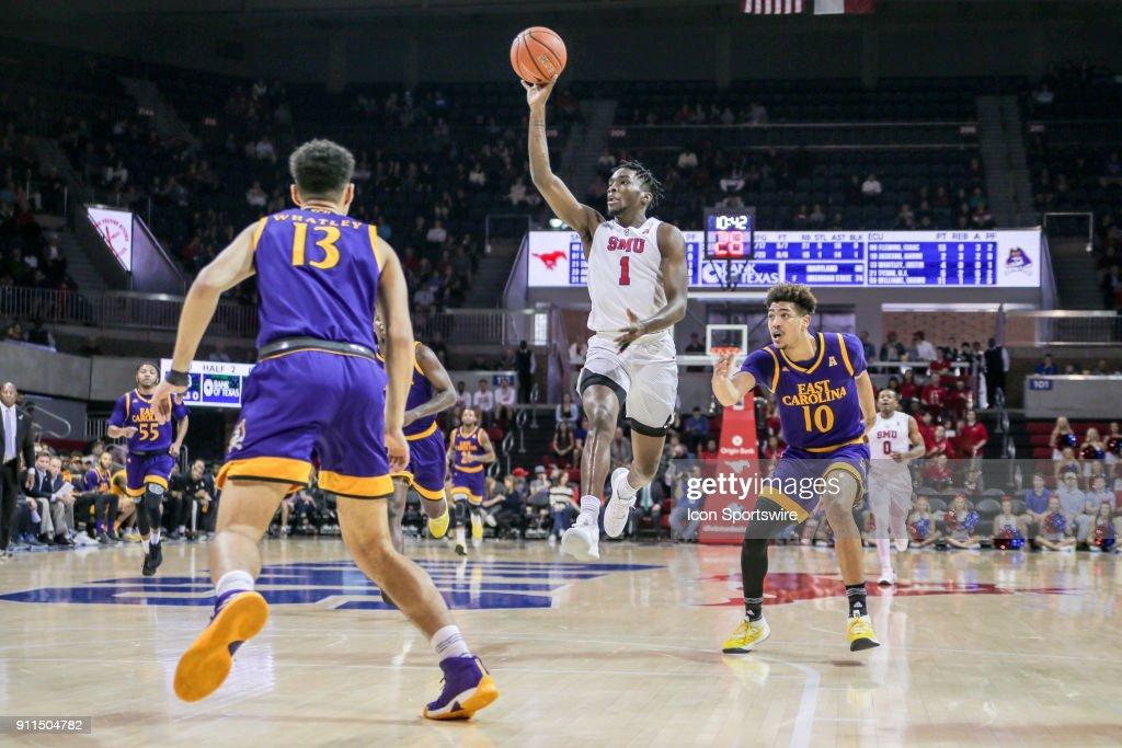 COLLEGE BASKETBALL: JAN 28 East Carolina at SMU : News Photo