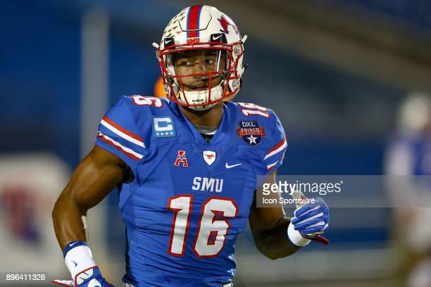 Southern Methodist Mustangs wide receiver Courtland Sutton warms up prior to the DXL Frisco Bowl game between the Louisiana Tech Bulldogs and SMU...