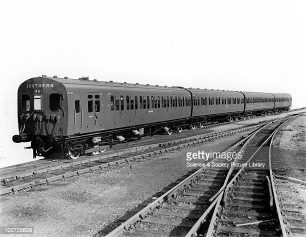 Southern Railway electric multiple unit 4-SUB carriage set, nos. 10962 10429 and 10961. Steel electric 4 coach train set no. 4111. Southern Railway...