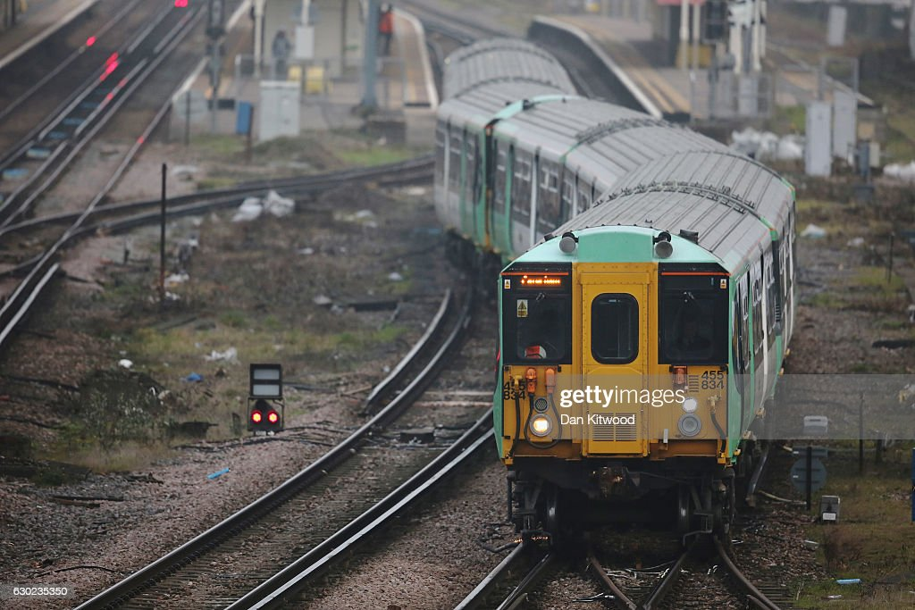 Southern Train Drivers Begin The Second Week Of Rail Strikes : News Photo