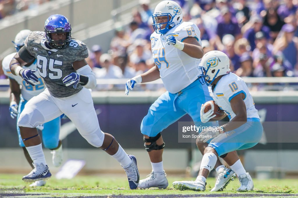 COLLEGE FOOTBALL: SEP 01 Southern At TCU : News Photo