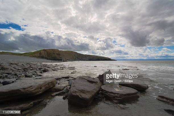 southerndown beach - nigel owen stock pictures, royalty-free photos & images