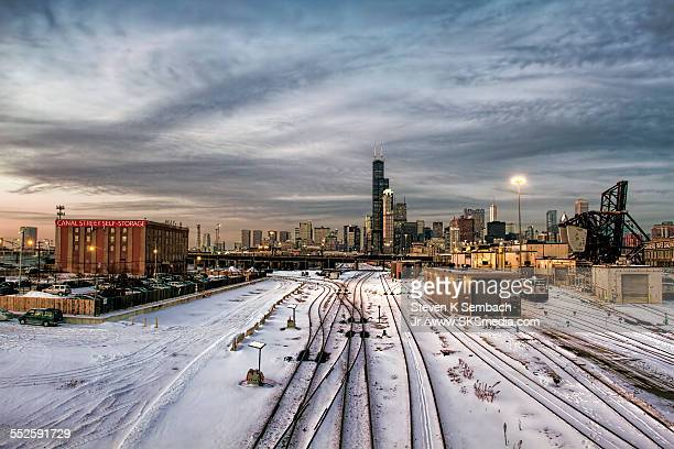 southloop rail sunset - shunting yard stock photos and pictures