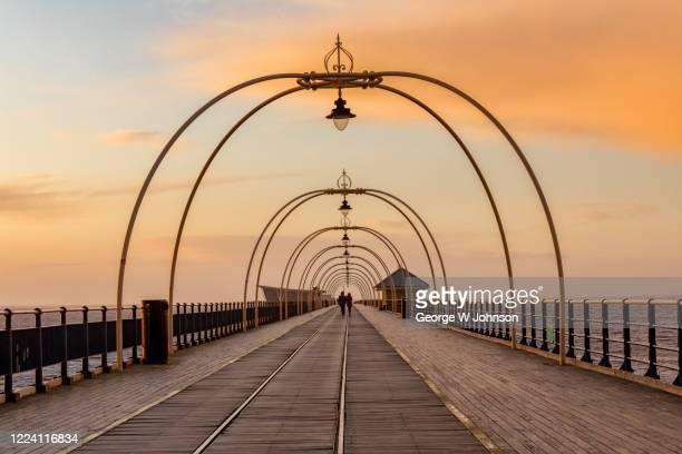 southport pier - イングランド北西部 ストックフォトと画像
