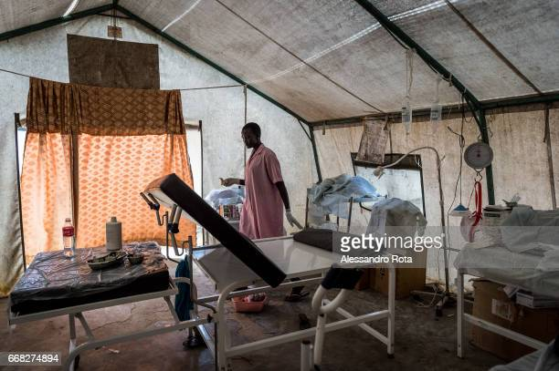 South-Sudan, Mingkaman in Lake State. UNFPA facility with pregnant mother on labour. The facility is deliviring an avarage of 15 babies per week. The...