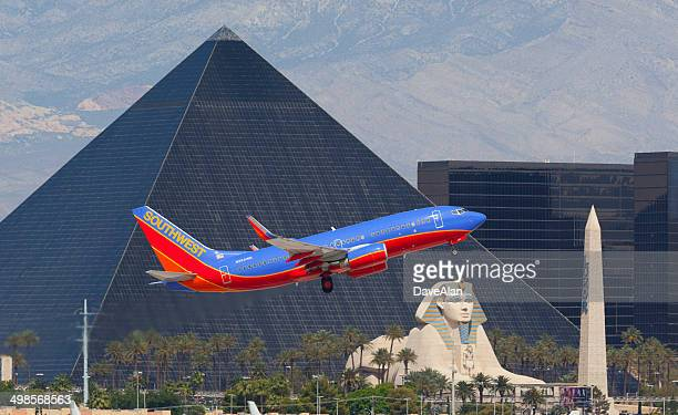 southwest airlines 737 las vegas. - mccarran international airport stock photos and pictures