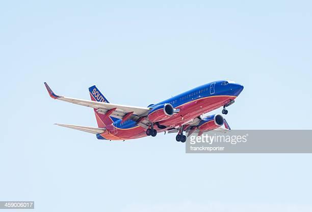 southwest airlines boeing 737 kampfmaschine - südwesten stock-fotos und bilder