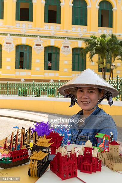 Souvenier Vendor Vietnam