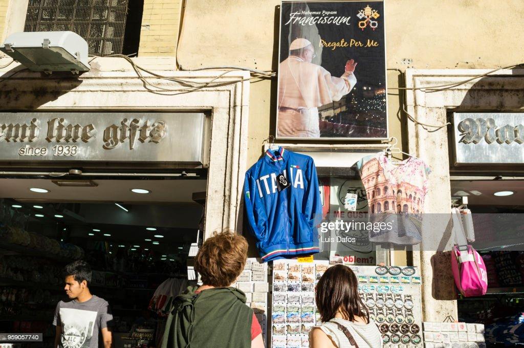 Souvenir shop in Rome : Stock Photo