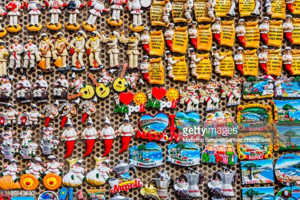 souvenirs - horseshoe magnet stock pictures, royalty-free photos & images