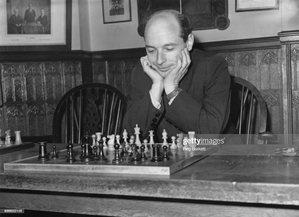 Soviet chess champion David Bronstein (1924 - 2006) takes part in the International Chess Congress at the White Rock Pavilion, Hastings, UK, 30th December 1953.