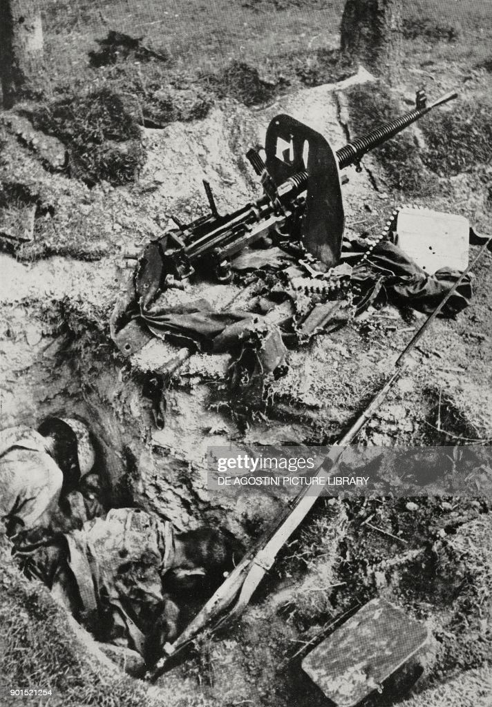 Soviet machine gunners killed : News Photo