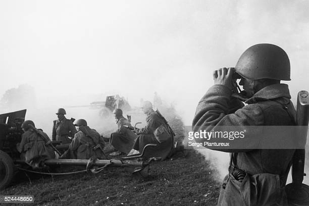 Soviet soldiers waiting during pause in battle Russian Front WWII