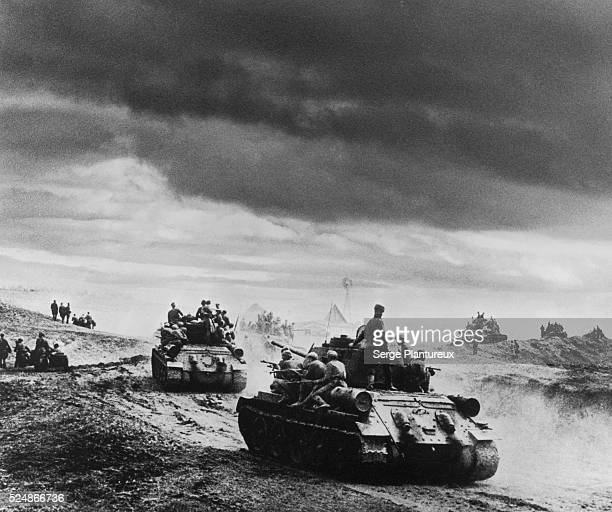 Soviet tanks Russian Front WWII