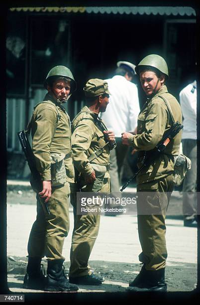 Soviet troops stand May 15 1988 in Kabul Afghanistan In May 1988 Afghanistan Pakistan the USSR and the United States signed agreements providing for...