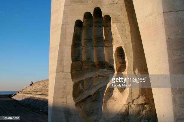 soviet war monument. - harjumaa stock pictures, royalty-free photos & images