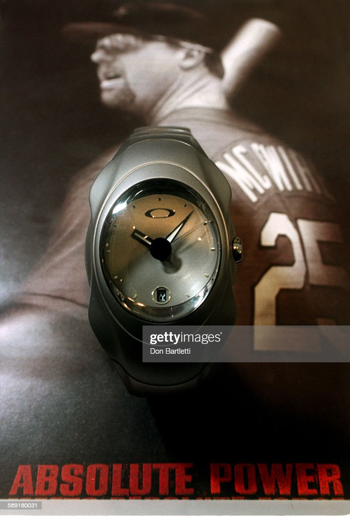 SO.Watches.McGwire.DB.020199––CostaMesa––Baseball slugger Mark McGwire's titanium watch by Oakley. I : News Photo