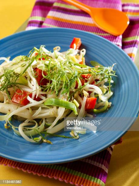 Soybean salsify salad