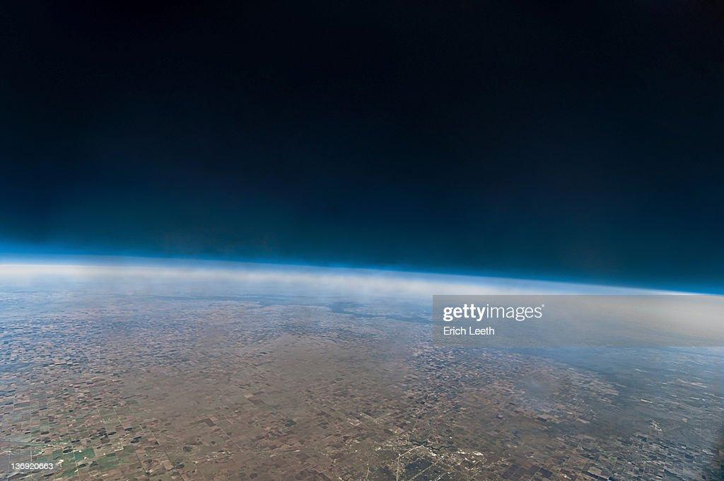 Space looking like from weather balloon : Foto de stock
