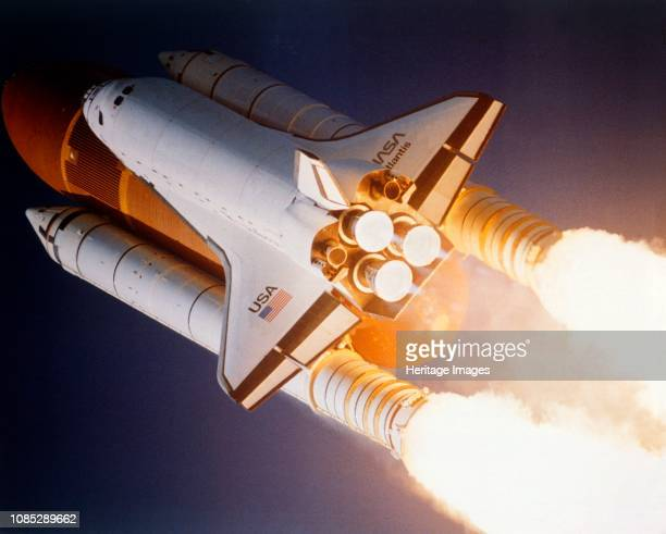 Space Shuttle 'Atlantis' launching from Kennedy Space Center, Merritt Island, Florida, USA, 1980s. 'Atlantis' was in operation between 1985 and 2011....