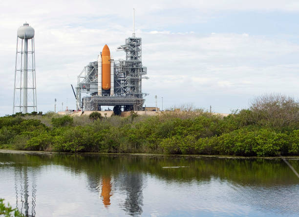 Photos et images de Launch Countdown Proceeds For Space