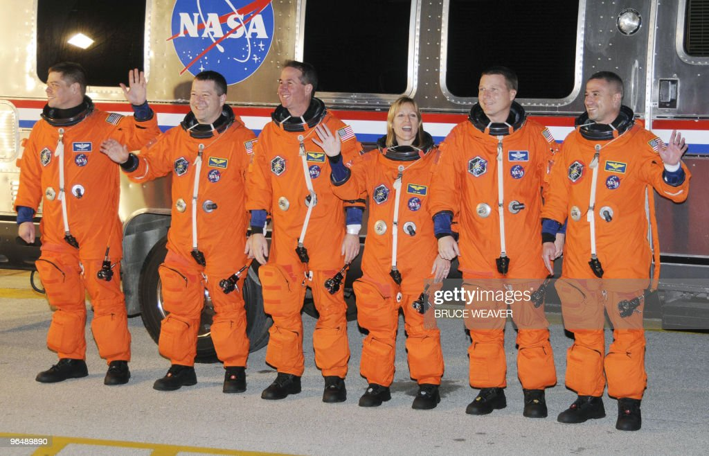 space shuttle endeavour crew members - photo #7