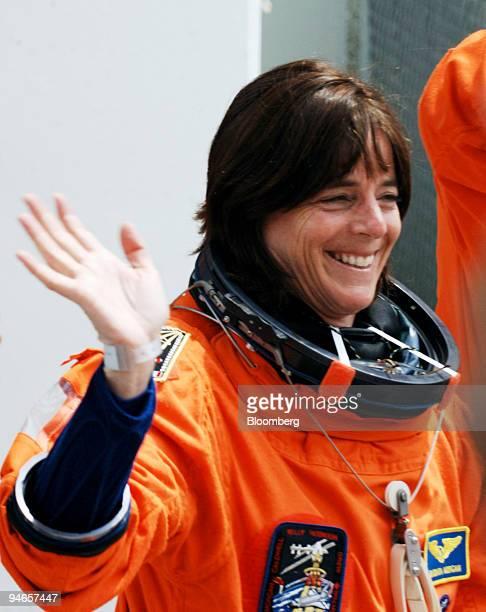 space shuttle challenger barbara morgan - photo #20