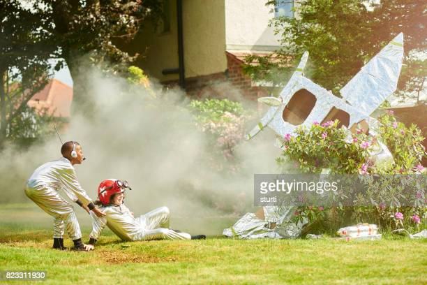spaceboy crash landing - seven crash stock pictures, royalty-free photos & images