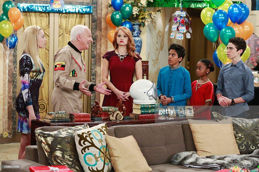"Disney Channel's ""Jessie"" - Season Three : News Photo"
