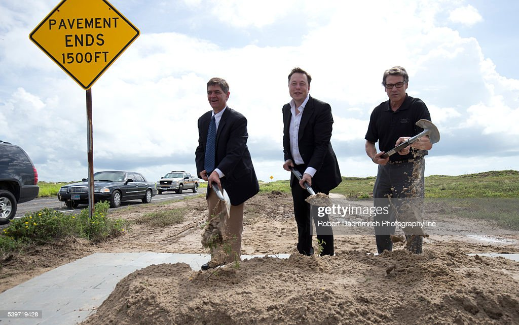 Elon Musk and SpaceX in Texas : News Photo