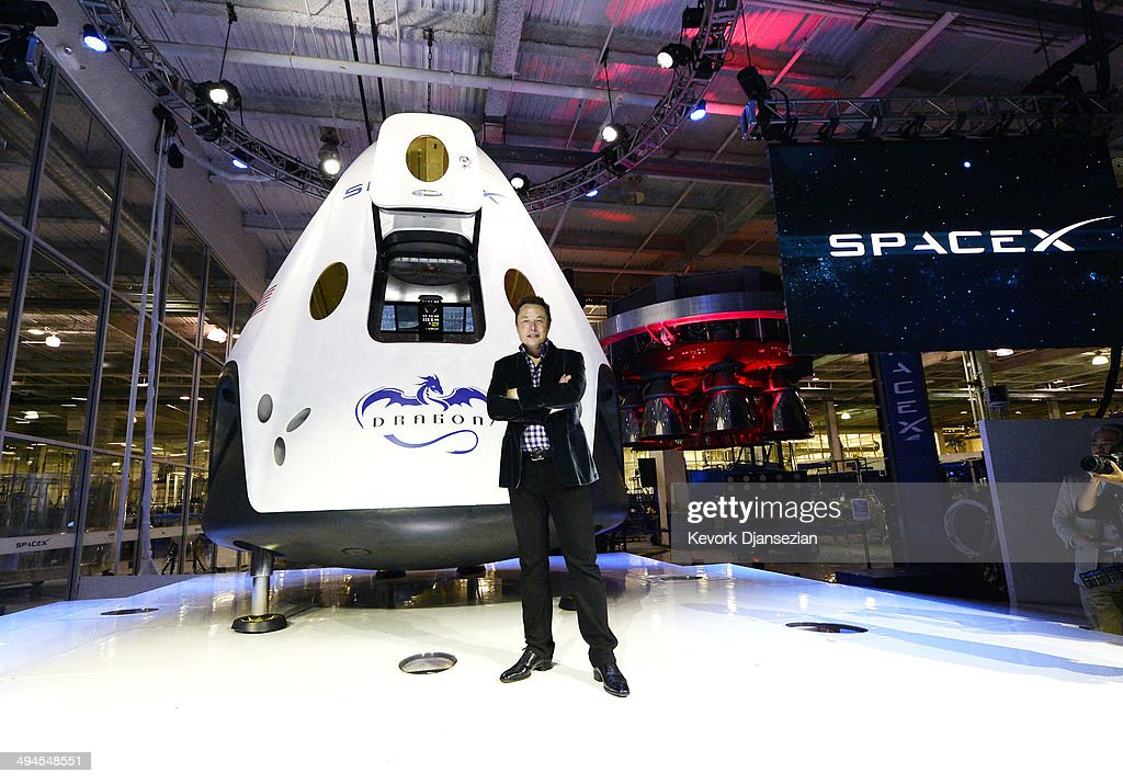 SpaceX CEO Elon Musk Unveils Company's New Manned Spacecraft, The Dragon V2 : News Photo