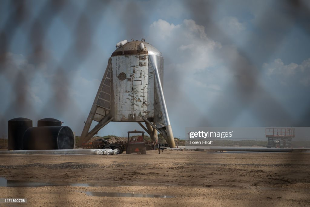 SpaceX CEO Elon Musk Gives Update On Starship Launch Vehicle At Texas Launch Facility : ニュース写真