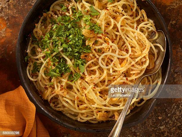 Spaghetti Aglio e Olio with Fresh Parsley