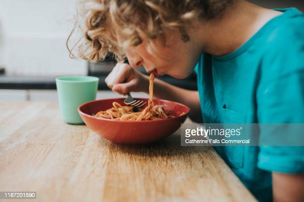 spaghetti bolognese - spaghetti stock pictures, royalty-free photos & images