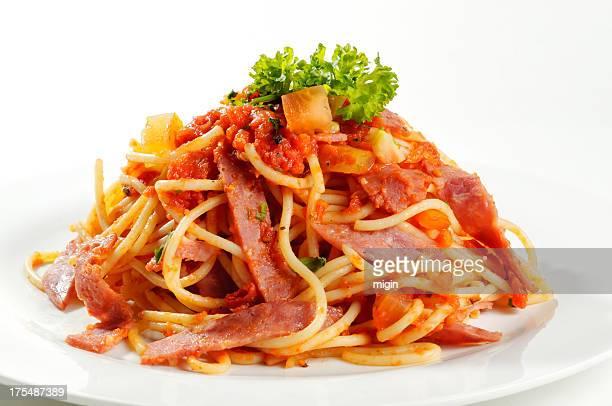 Esparguete à Bolonhesa fatias de presunto