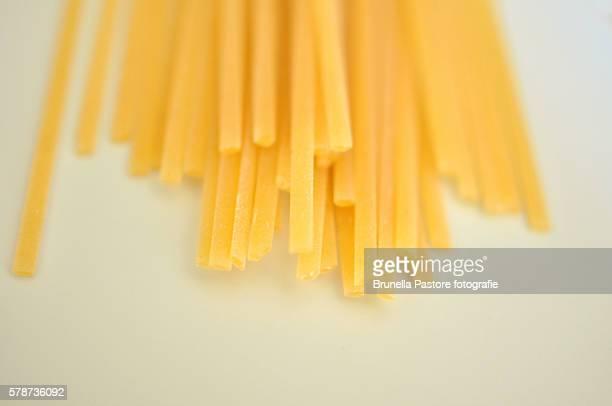 spaghetti - brunella pastore imagens e fotografias de stock