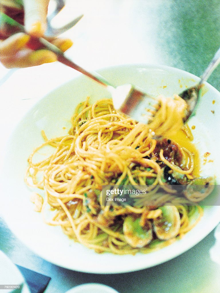 Spaghetti with clams : Stock Photo